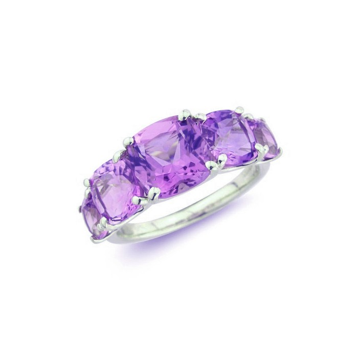9ct White Gold Cushion Cut Amethyst Ring