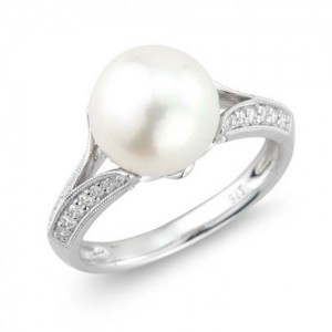 9ct White Gold, Diamond and Pearl Spur Ring