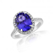 18ct White Gold Tanzanite Cluster Ring