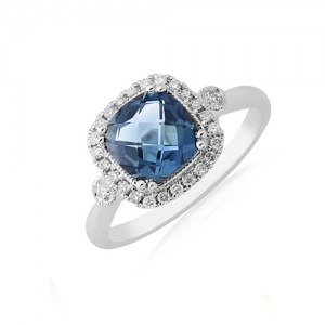 9ct White Gold Blue Topaz & Diamond Ring - D 0.18ct