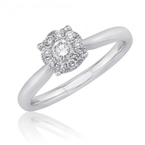 18ct White Gold Solitaire-style Diamond Cluster Ring - 0.18ct