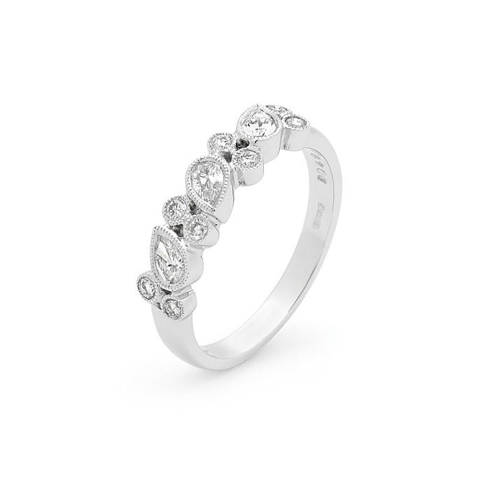 18ct White Gold Diamond Millgrain Ring D: 0.48